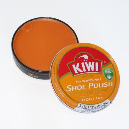 Kiwi Shoe Polish - Light tan